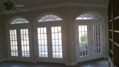 Door installer In Springdale Arkansas
